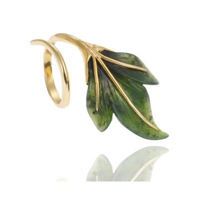 Agate leaf 18 carat yellow gold ring.