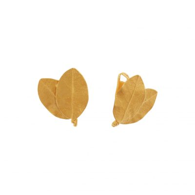 Earrings 18 carat yellow gold.