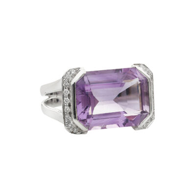 Amethyst and diamond ring, 18k white gold.